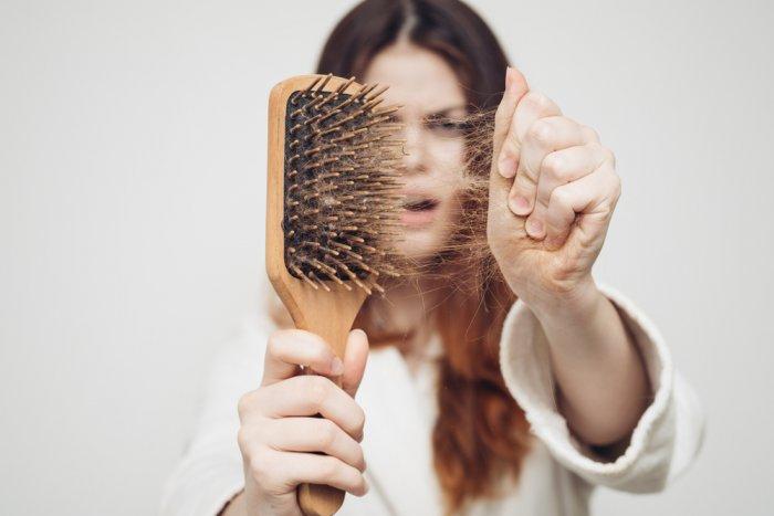 Come pulire le spazzole per capelli?