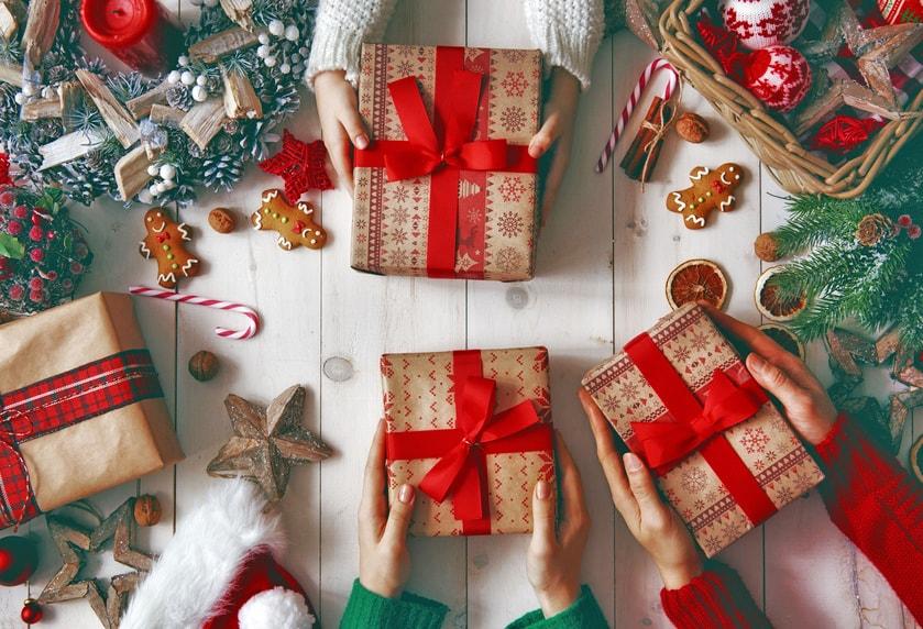 Idee regalo Met Parrucchieri per un Natale scintillante